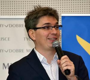 Prof. Lukasz Tomczyk